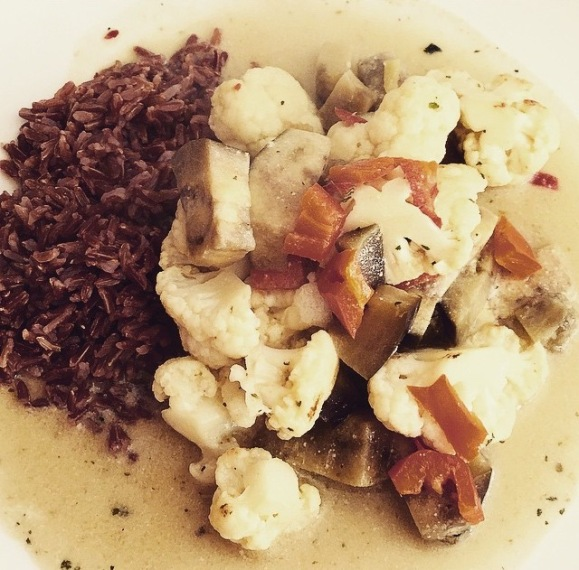 thai_cauliflowr_aubergine_curry